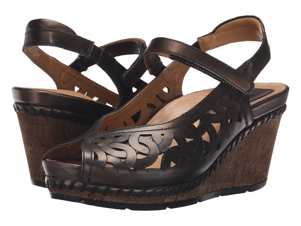 Earth - Aquarius (Bronze Soft Brush Off) Women's Wedge Shoes