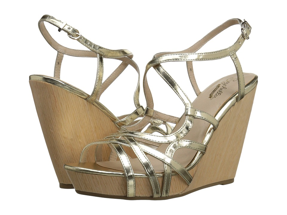 Seychelles - Diligent (Pale Gold) Women's Wedge Shoes