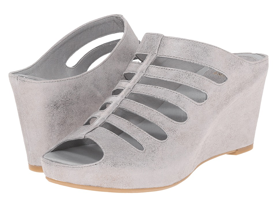 Johnston & Murphy - Tess (Silver Metallic Italian Calfskin) Women's Shoes