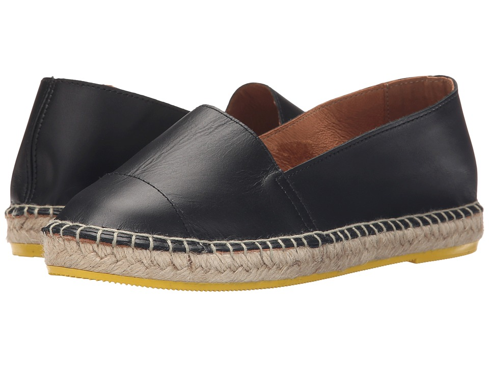 Lole - Flat Sandals Leather Mona (Black) Women's Flat Shoes