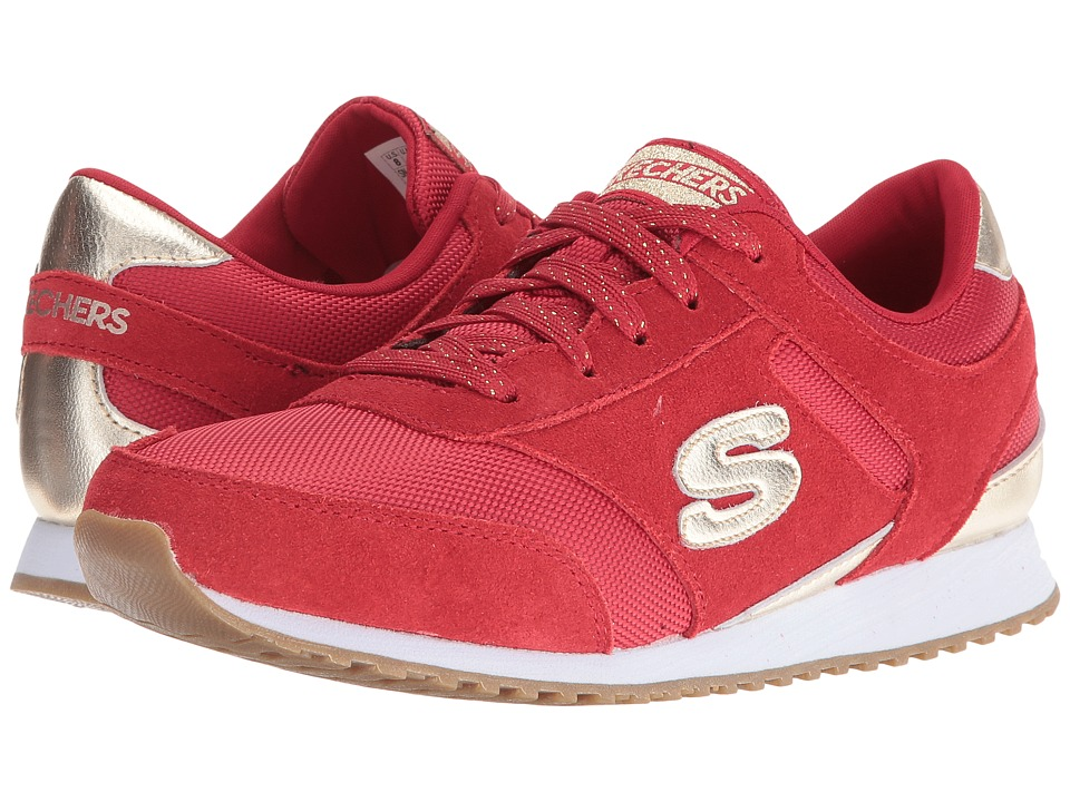 all red skechers
