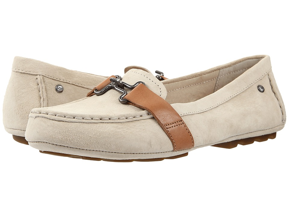 UGG - Aven (Antique White) Women's Flat Shoes