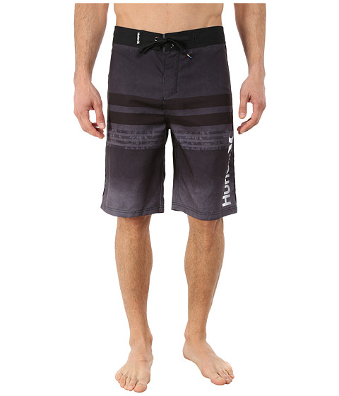 Hurley - Offshore 22 Boardshorts (Black) Men's Swimwear