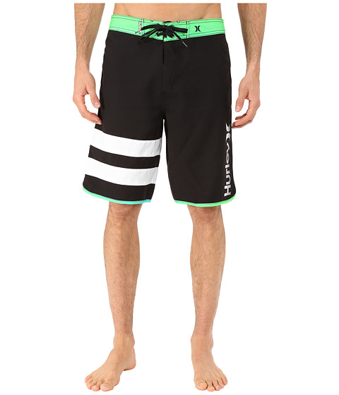 Hurley - Block Party Core Light 21 Boardshorts (Multi) Men