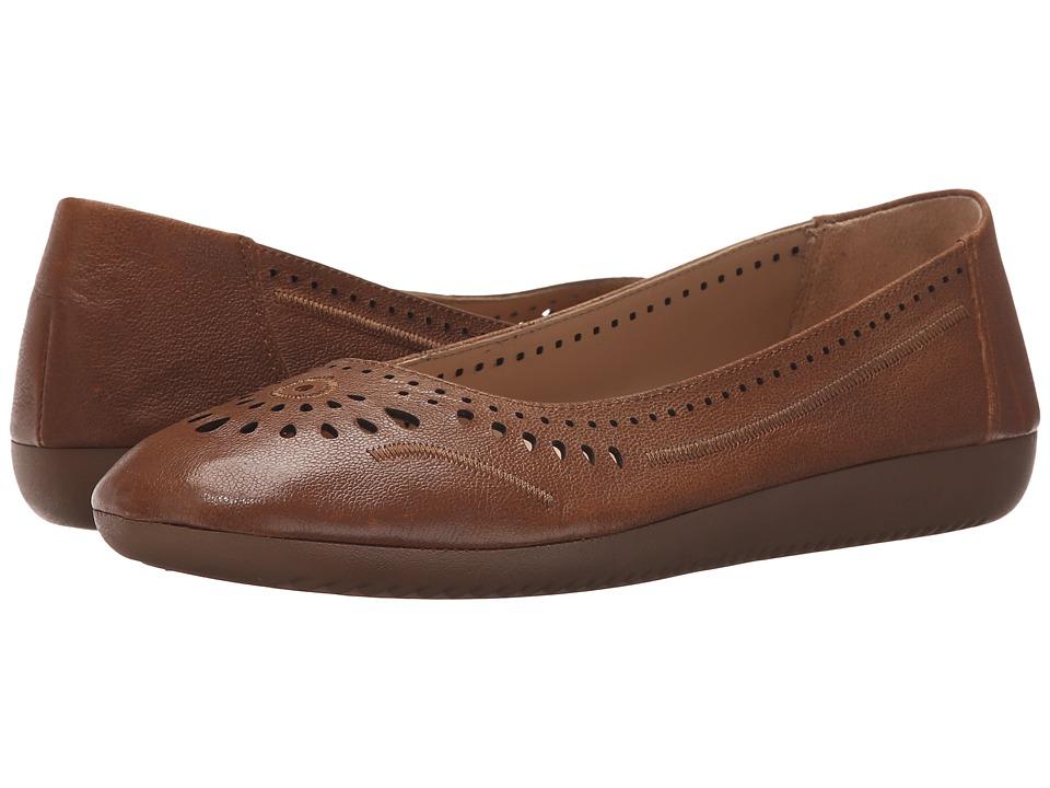 Naturalizer - Kana (Tan Leather) Women's Flat Shoes