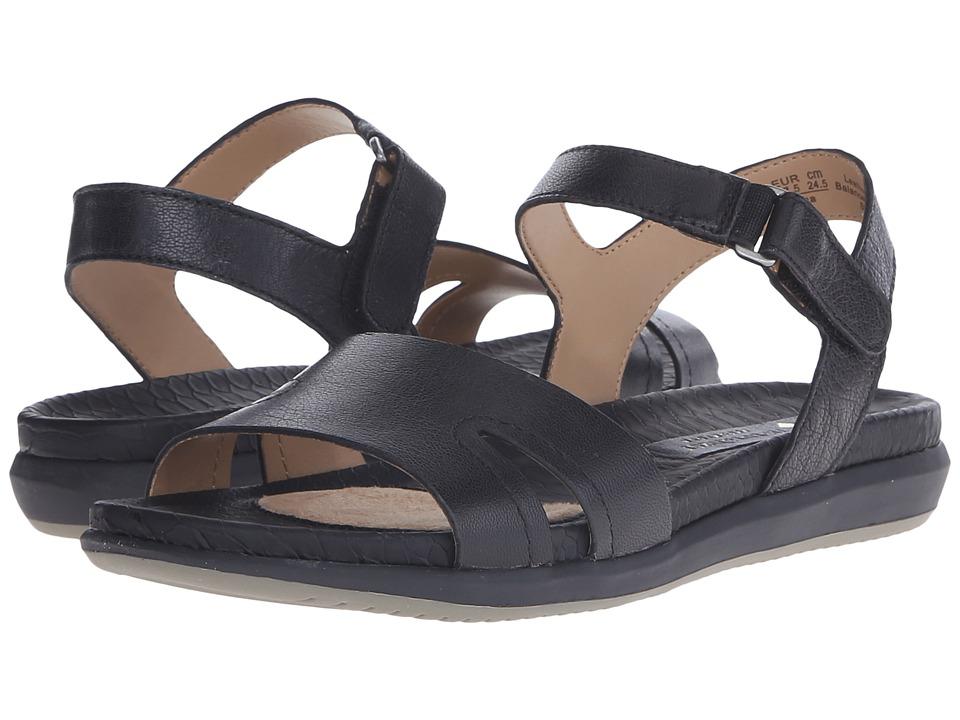 Naturalizer - Selma (Black Leather) Women's Flat Shoes