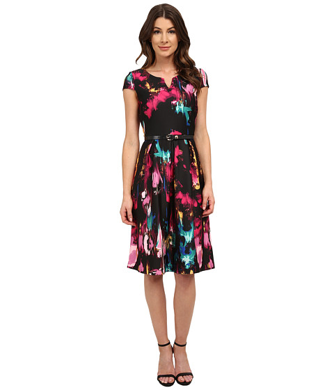 Sangria - Short Sleeve Floral Print Fit and Flare with Belt (Black/Multi) Women's Dress