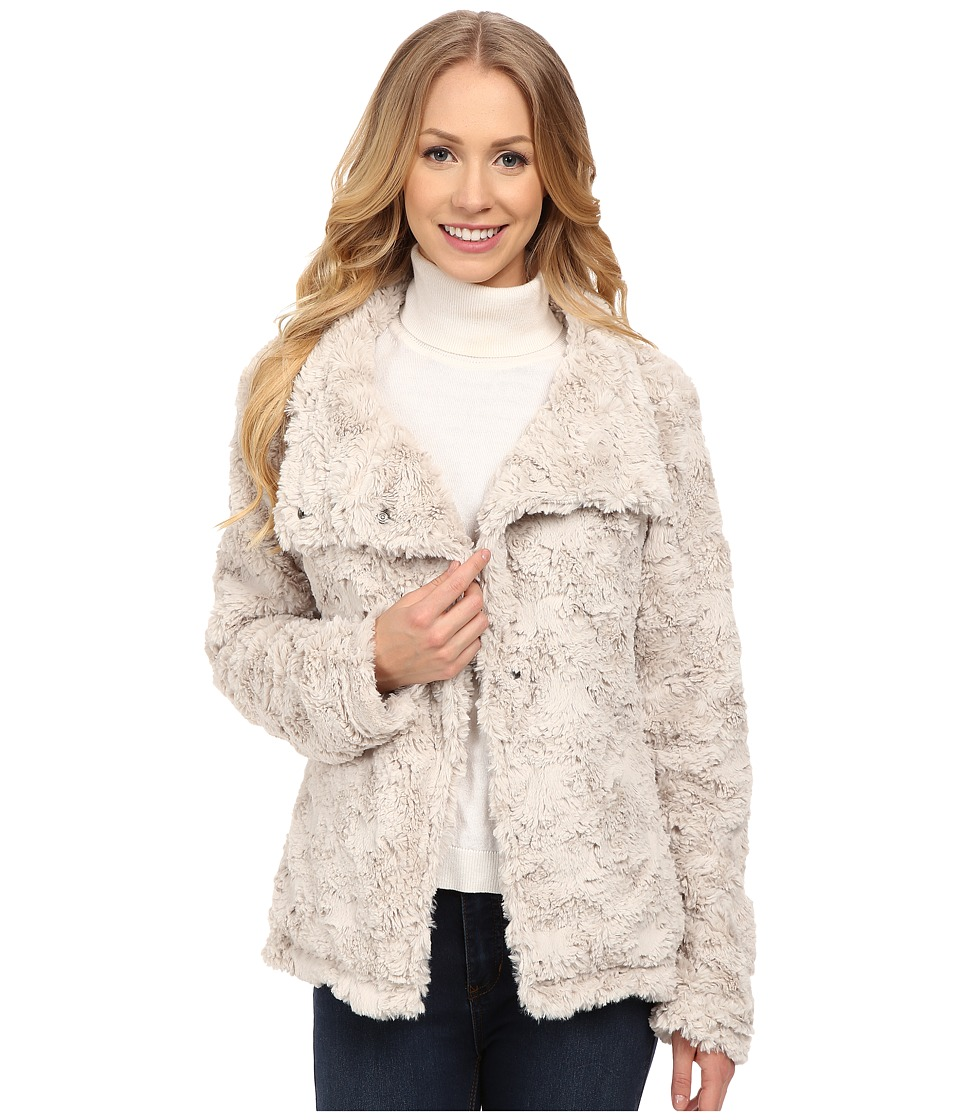 Dylan by True Grit - Silky Fur Vintage Jacket (Winter White) Women's Coat