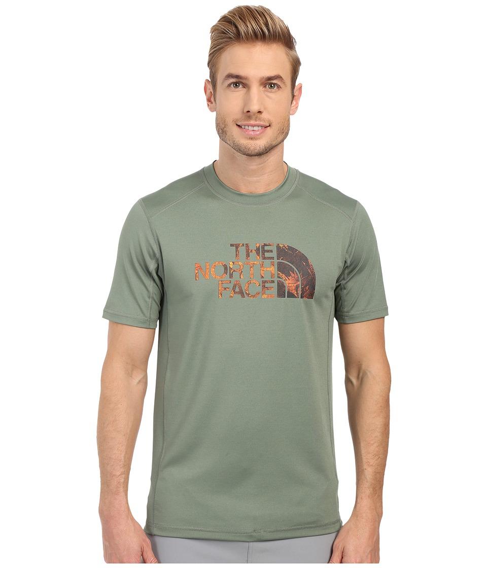 The North Face Short Sleeve Sink or Swim Rashguard (Laurel Wreath Green/Spruce Green Pineapple Print) Men