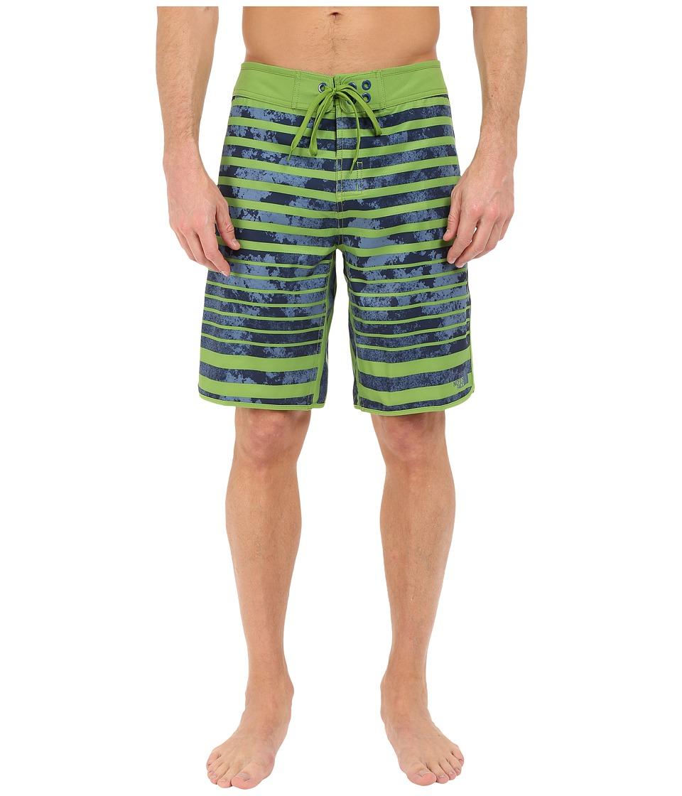 The North Face - Whitecap Boardshorts (Vibrant Green Moss Stripe) Men's Swimwear