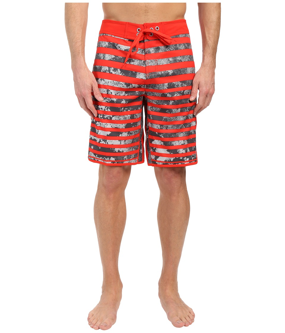 The North Face Whitecap Boardshorts (Fiery Red Moss Stripe) Men
