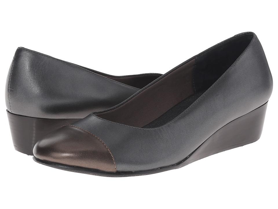 Rose Petals - Moda (Pewter Cashmere/Black Soft Patent) Women's Wedge Shoes