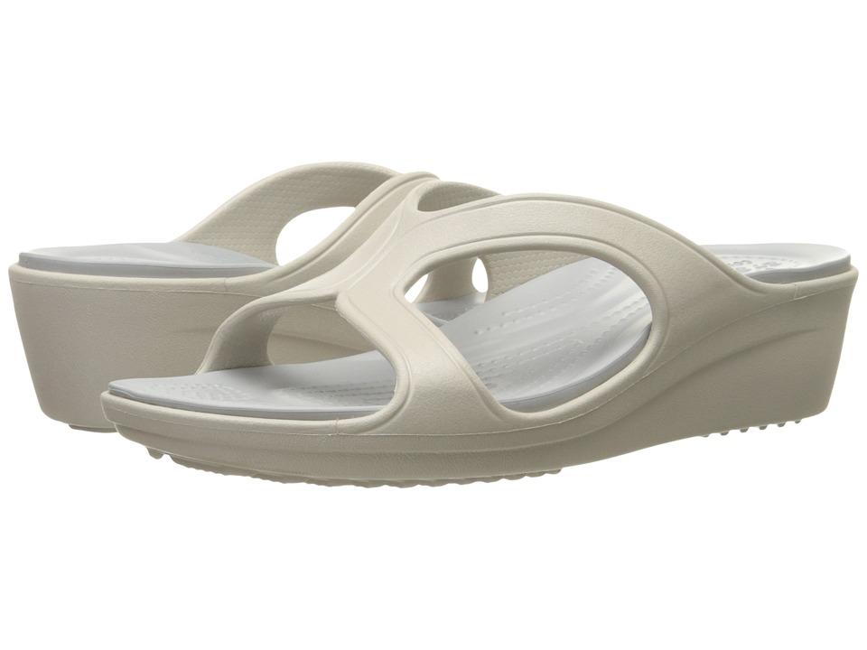 Crocs - Sanrah Wedge Sandal (Platinum/Sliver) Women's Sandals