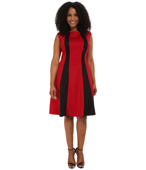 London Times - Plus Size Cap Sleeve Spliced Ponte/Jacquard Fit and Flare (Red/Black) Women