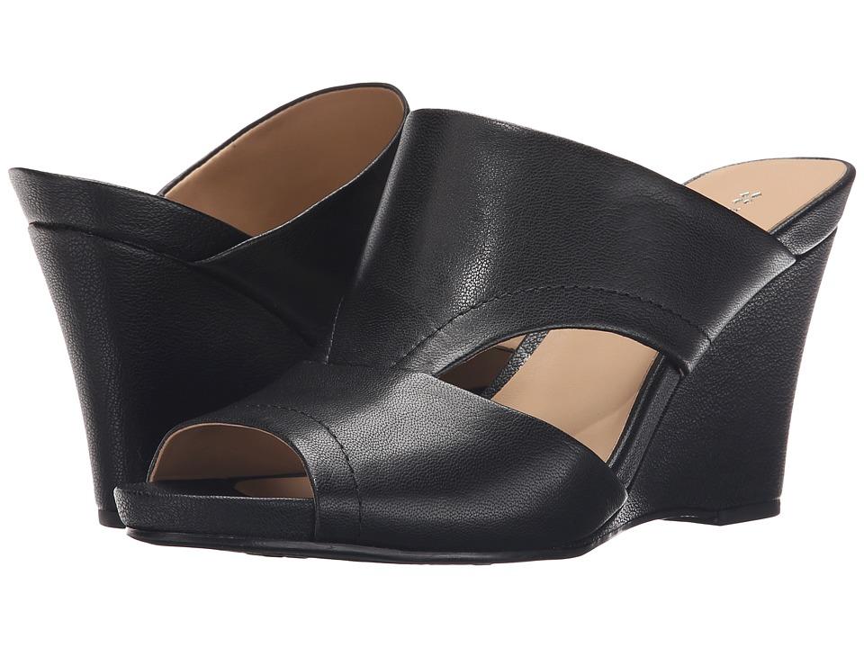 Naturalizer - Bankston (Black Leather) Women's Wedge Shoes