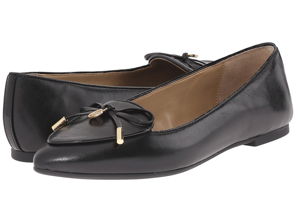MICHAEL Michael Kors - Nancy Flat (Black Smooth Calf) Women's Shoes