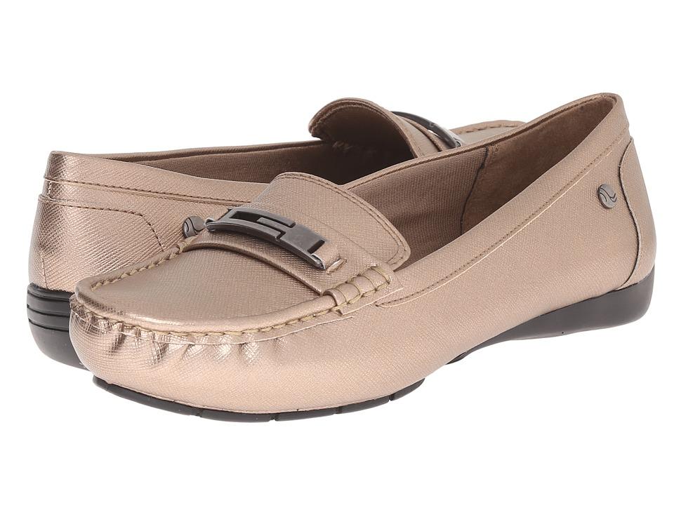 LifeStride - Viva (Champagne) Women's Slip on Shoes