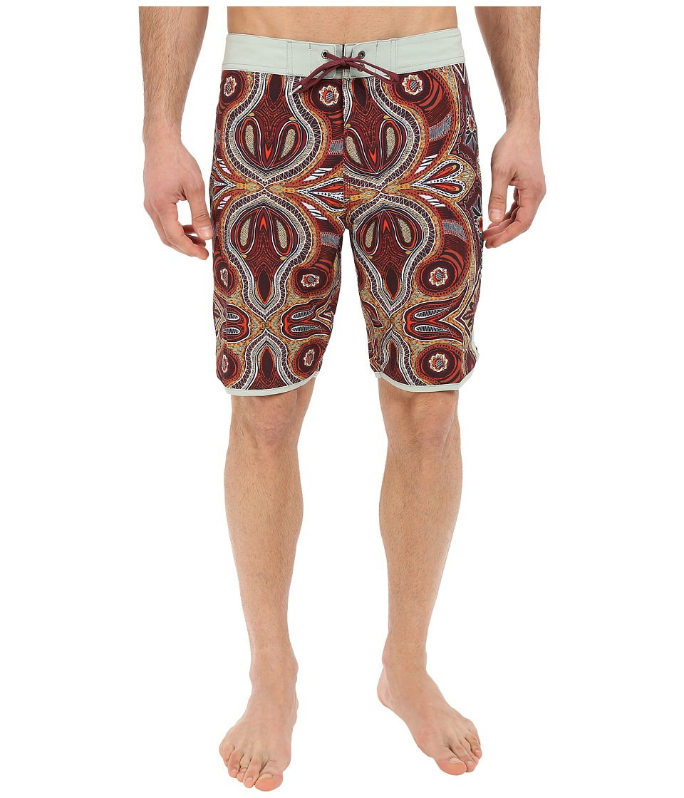 VISSLA - Mystery Reef 4-Way Stretch Boardshorts 20 (Guapo Red) Men's Swimwear
