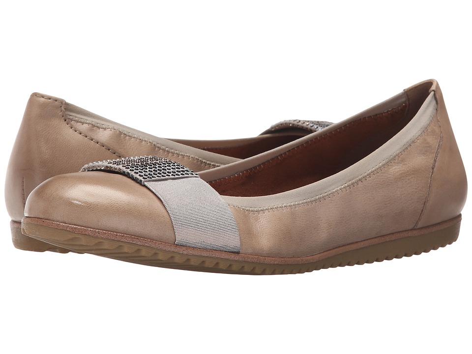 Tamaris - Evi 22102-26 (Pepper) Women's Slip on Shoes
