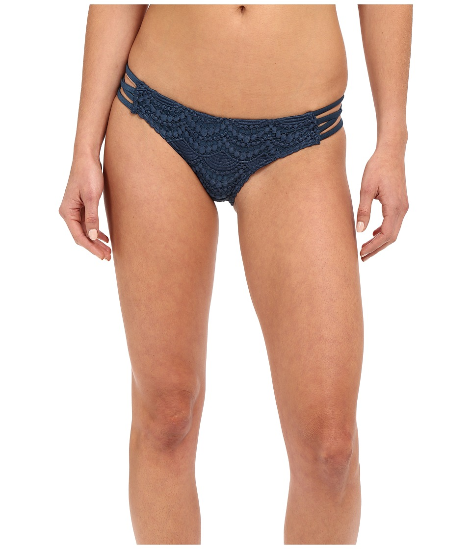 Amuse Society Serena Crochet Everyday Fit Bottom (Indy Blue) Women