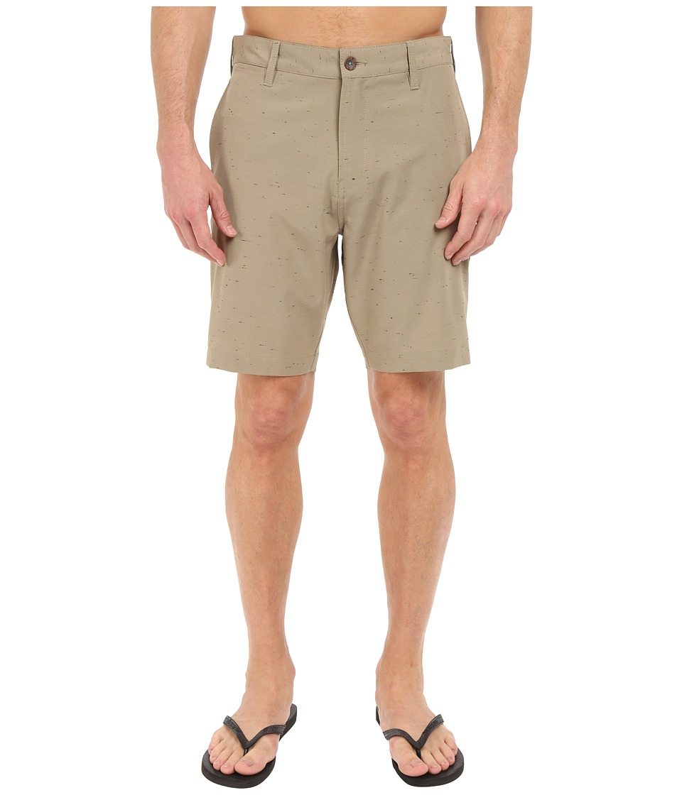VISSLA - Peer Boom 4-Way Stretch Hybrid Walkshorts 19 (Khaki) Men's Shorts