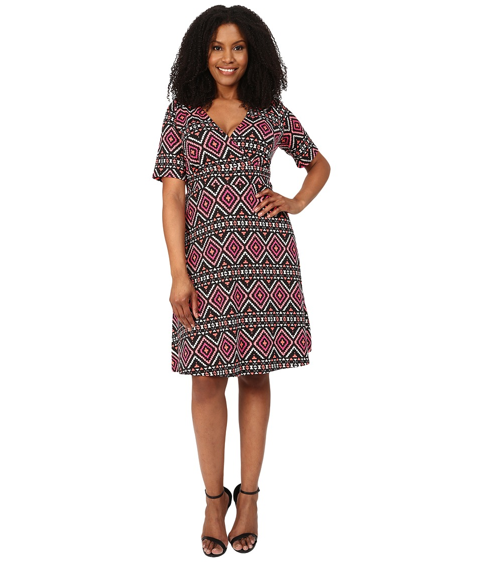 Poppy & Bloom - Plus Size Work the Angle Dress (Black/Pink) Women's Dress