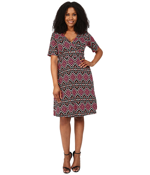 Poppy & Bloom - Plus Size Work the Angle Dress (Black/Pink) Women