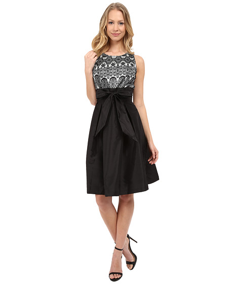 Sangria - Empire Lace Bodice Fit Flare with Self Tie Bow Belt (Black/Sterling) Women's Dress