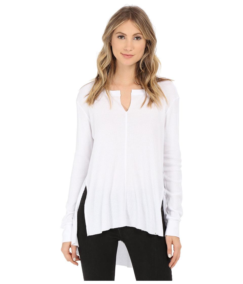 Volcom - Strange Luv Long Sleeve Top (White) Women's Long Sleeve Pullover