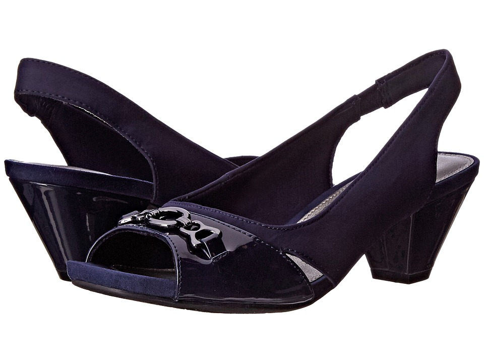 Bandolino - Ryker (Navy/Navy Fabric) Women's Shoes