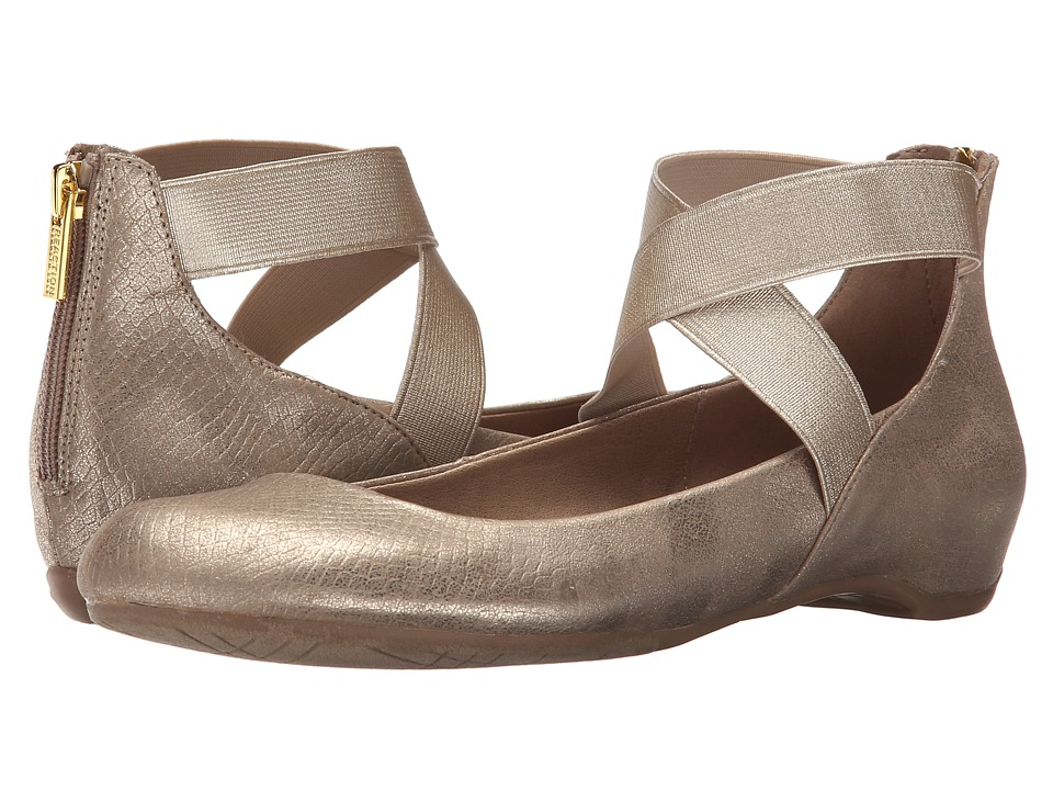 Kenneth Cole Reaction - Pro Time (Soft Gold) Women's Flat Shoes