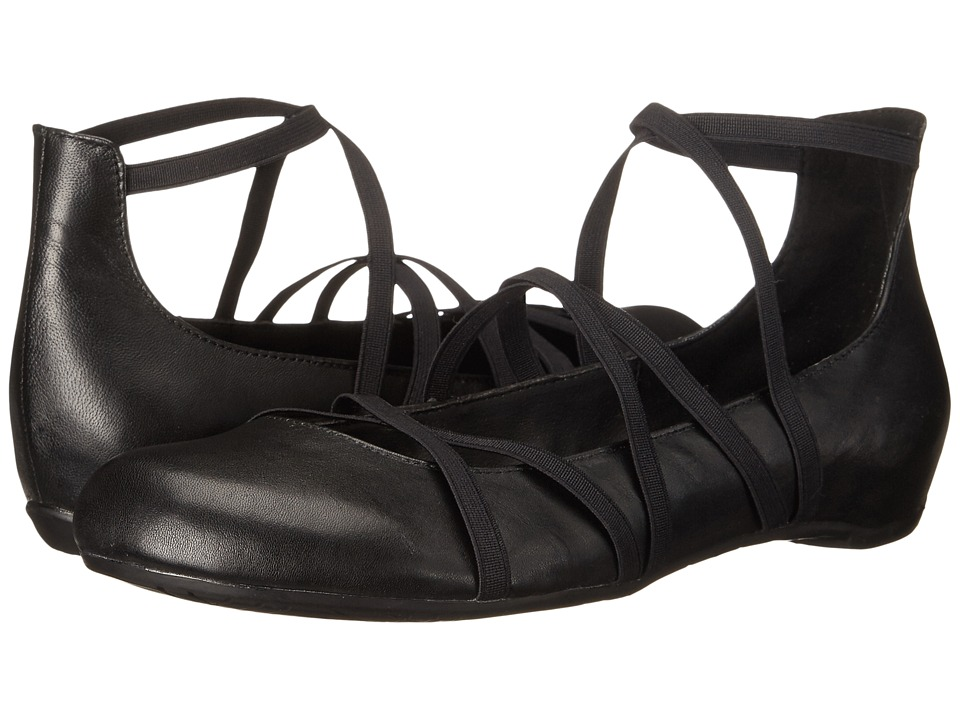 Kenneth Cole Reaction - Pro-Tein (Black) Women's Flat Shoes