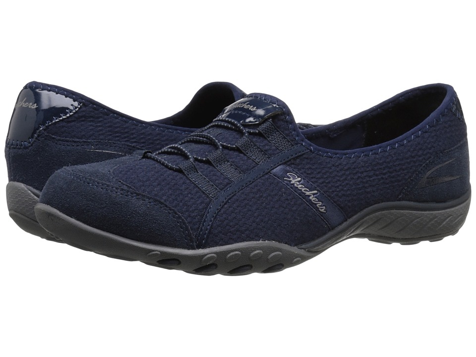 SKECHERS - Breathe Easy - Stealing Glances (Navy) Women's Slip on Shoes