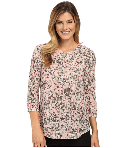 NYDJ - Solid 3/4 Sleeve Pleat Back (Ferrah Dots Peach Skin) Women's Blouse