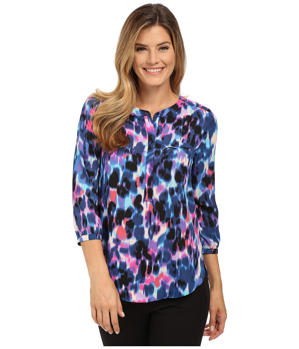 NYDJ - Solid 3/4 Sleeve Pleat Back (Kona Dash Navy) Women's Blouse