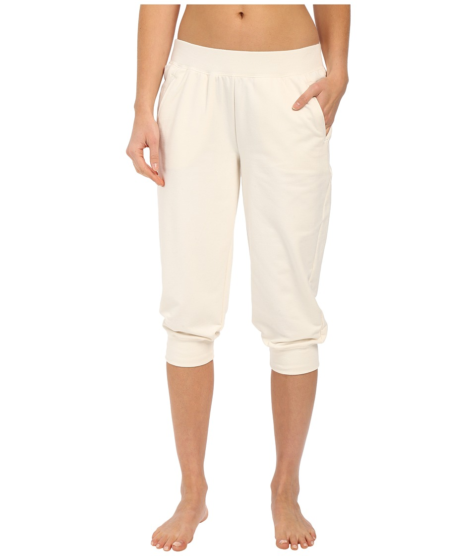 Yummie by Heather Thomson Baby French Terry Capris (Cream) Women