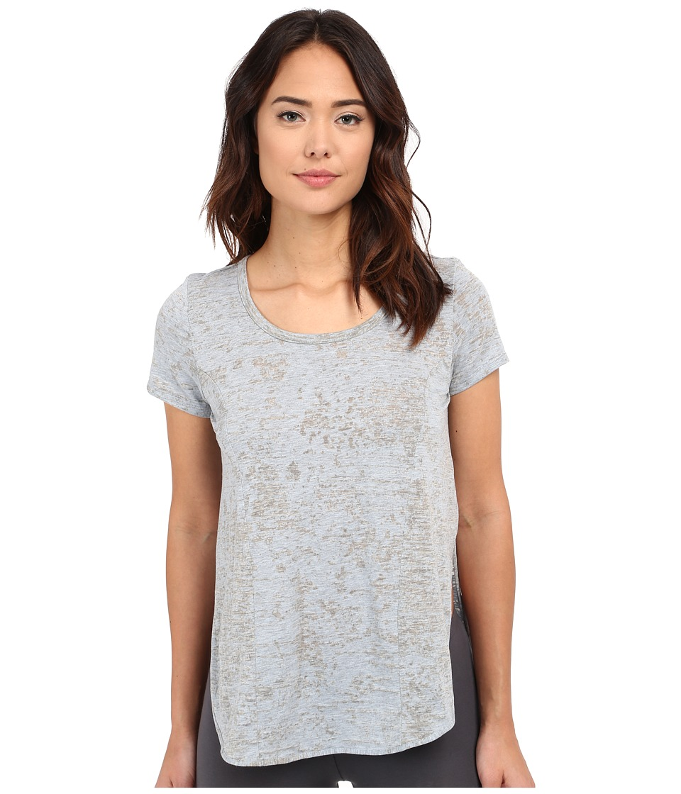 Yummie by Heather Thomson - Jersey Burnout Tee w/ Side Vents (Plein Air/Light Gray) Women's T Shirt