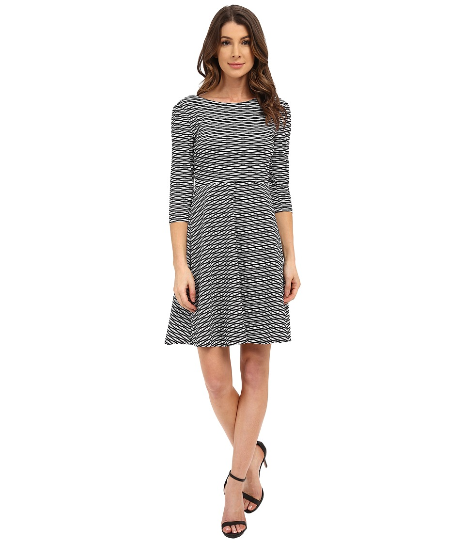 Donna Morgan - 3/4 Sleeve Wavy Knit Fit and Flare Dress (Black/White) Women's Dress