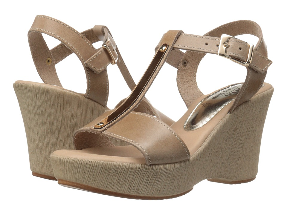 Spring Step - Durian (Beige) Women's Shoes