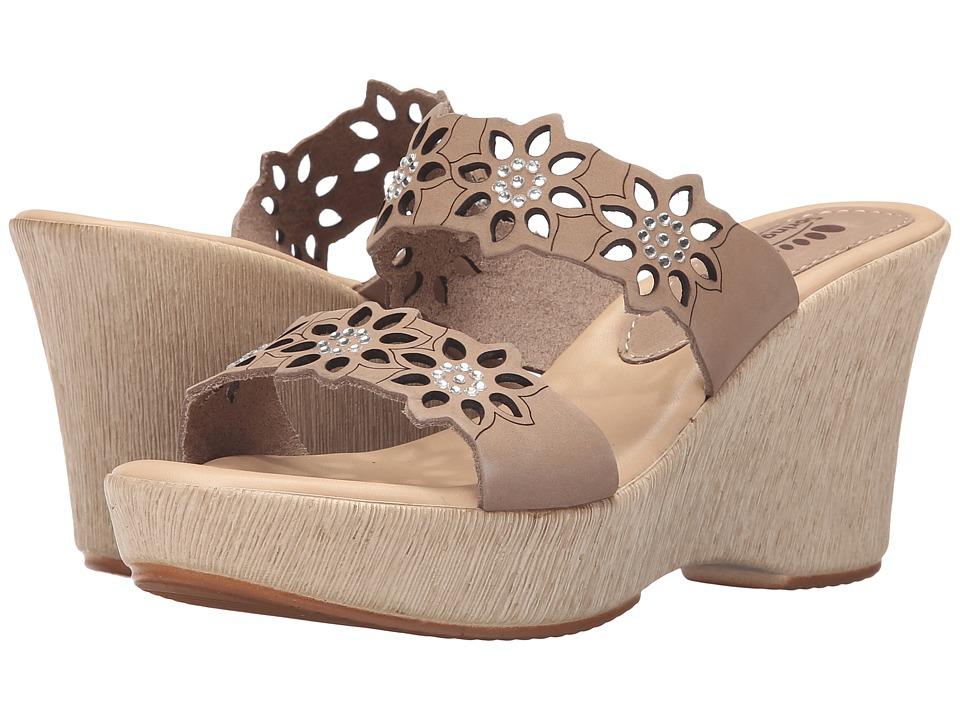 Spring Step - Finn (Beige) Women's Shoes
