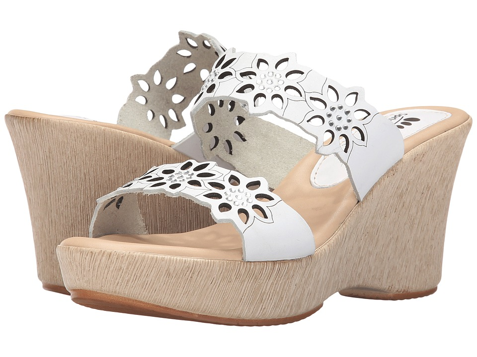 Spring Step - Finn (White) Women's Shoes