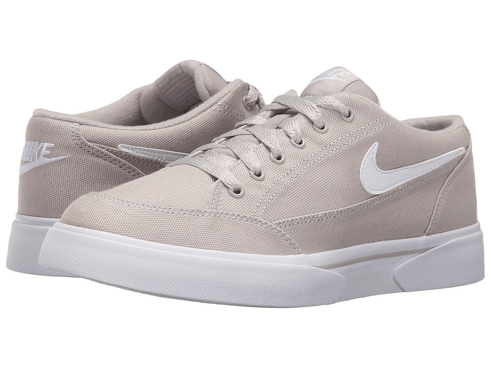 Nike - GTS '16 (Light Iron/White) Women's Lace up casual Shoes