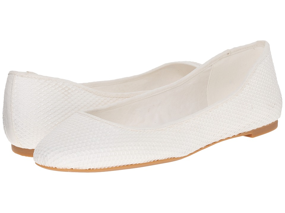Nine West - Adorabl (White Fabric/White Fabtic) Women