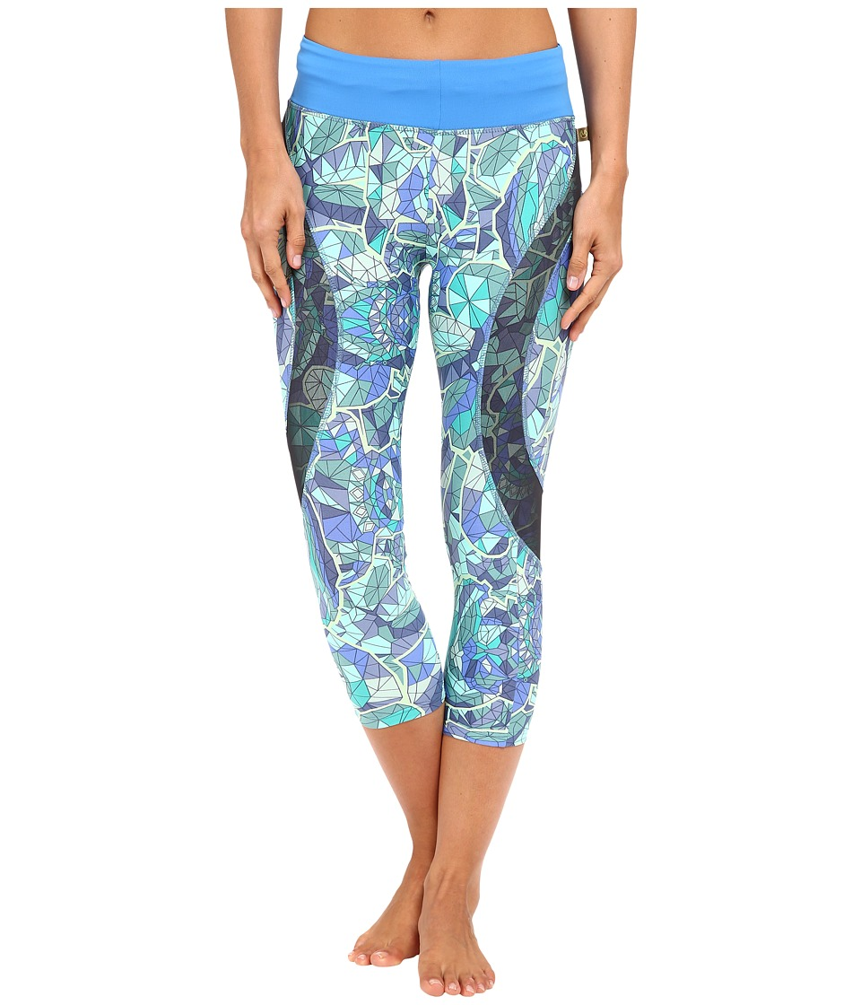 Maaji - Cyanne Forest Active Capris (Multicolor) Women's Capri