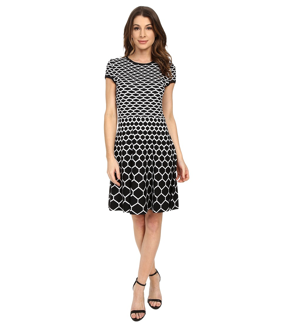 Jessica Simpson - Knit Fit N Flair with Honey Comb Print (Black/White) Women's Dress