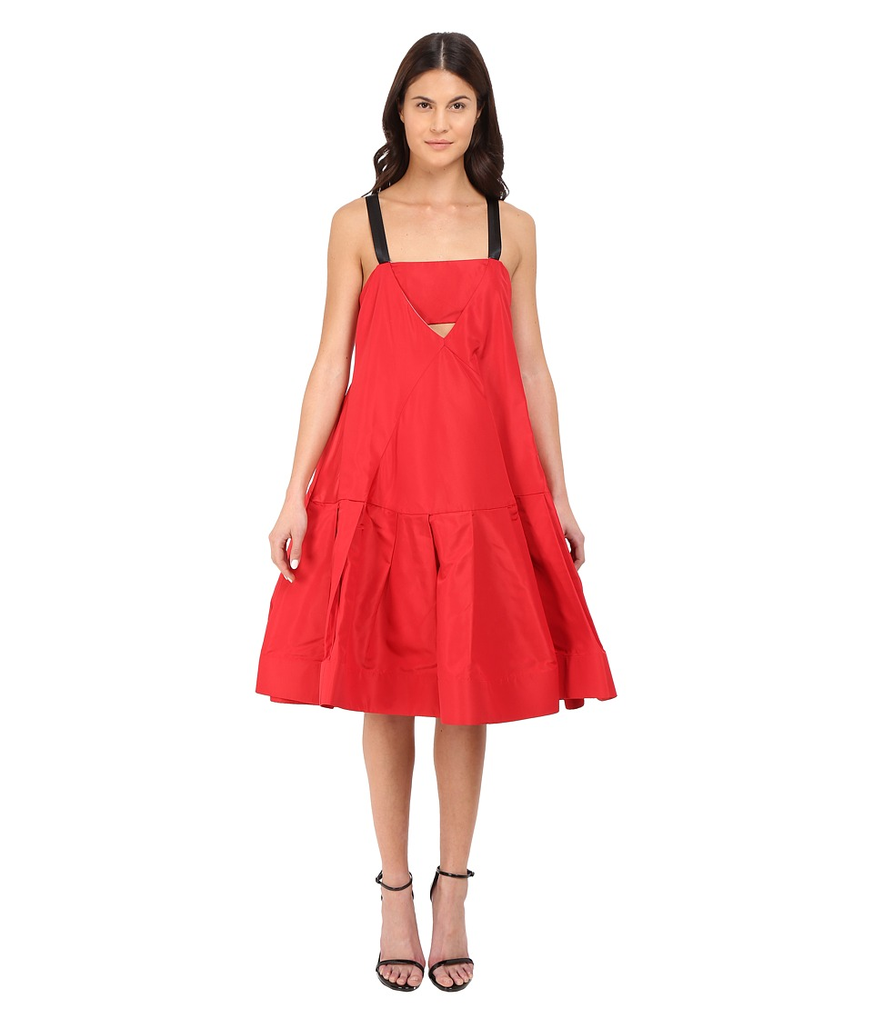 Vera Wang Dress w/ Cami Neckline Voluminous Skirt (Cardinal) Women