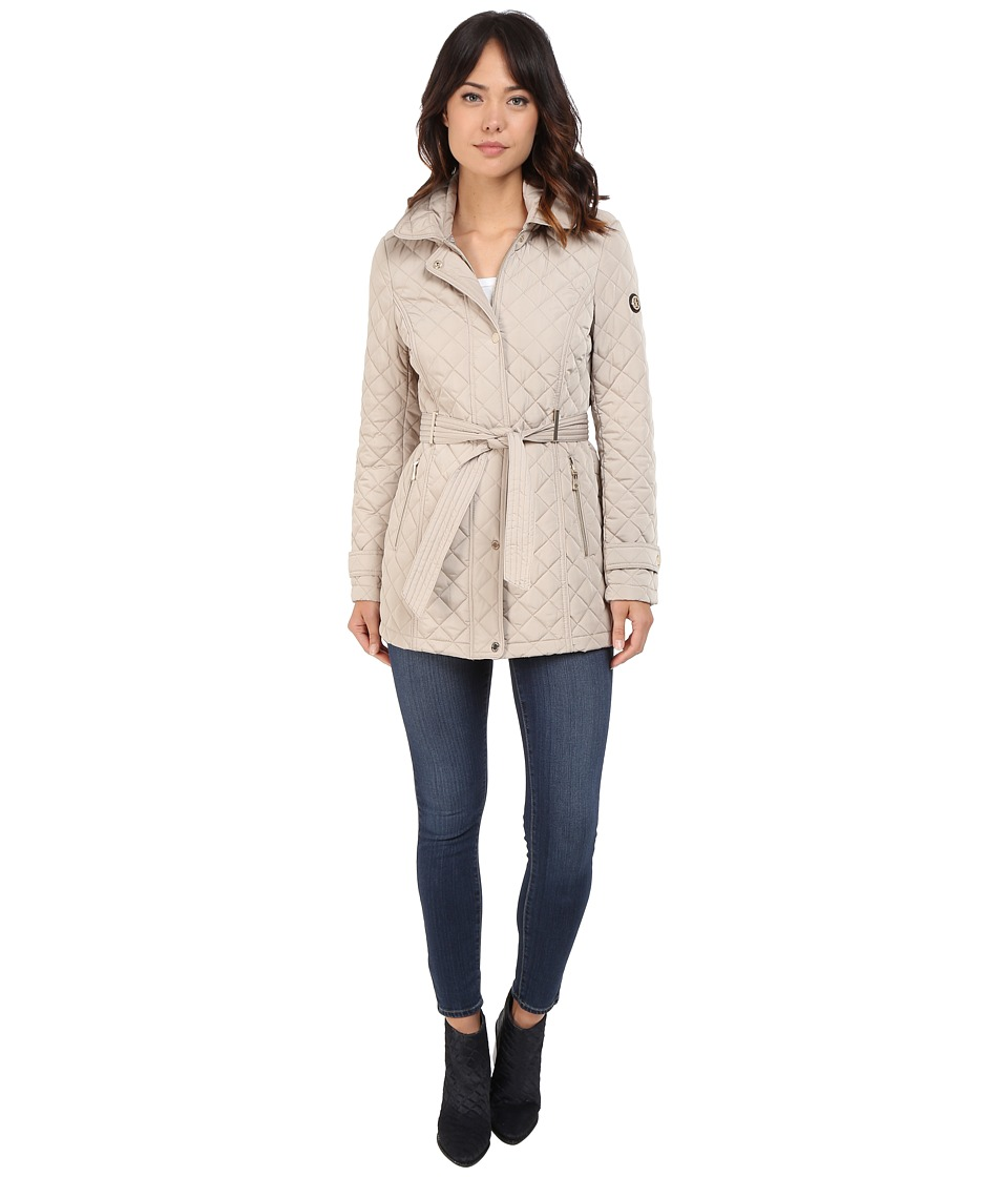Calvin Klein - Belted Hooded Quilt w/ Hardware Detail (Buff) Women's Coat