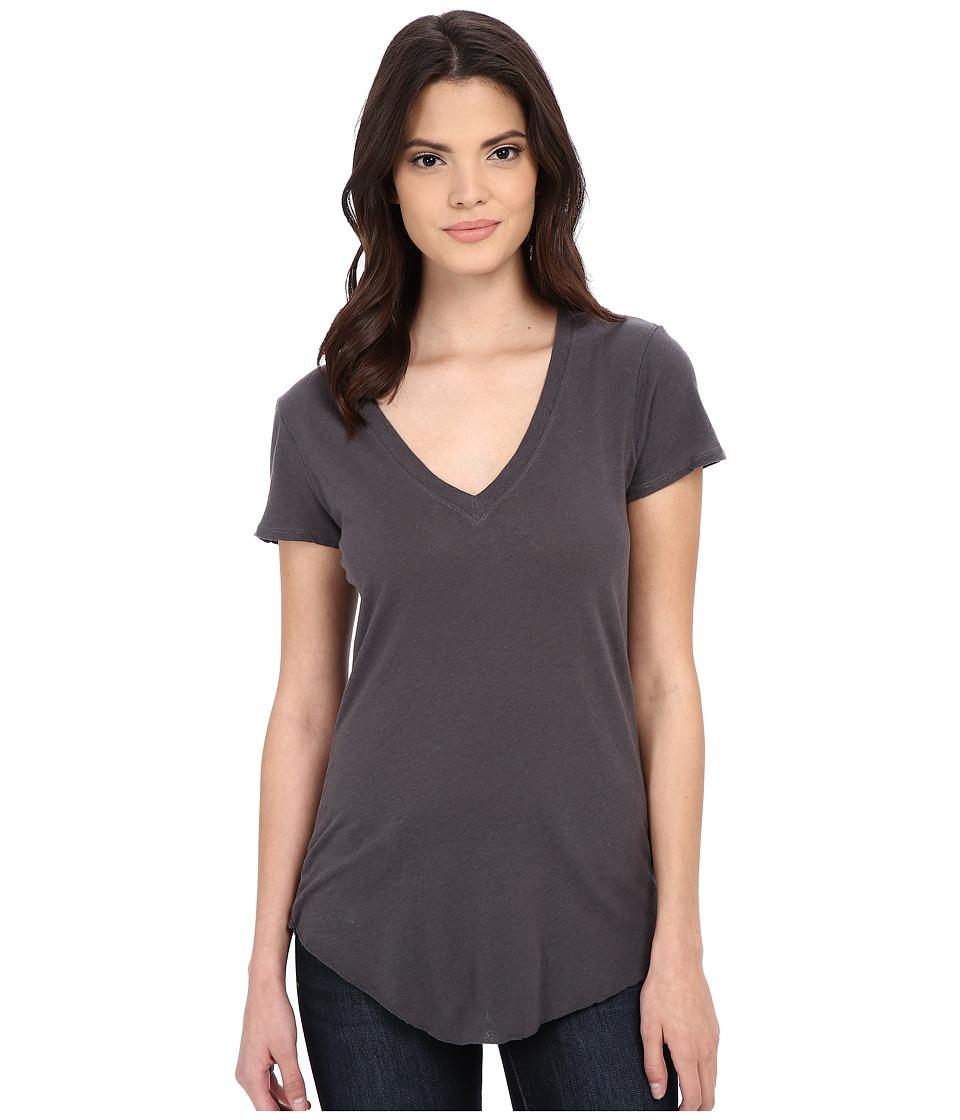 LAmade - V-Neck Tee (Raven) Women's Short Sleeve Pullover