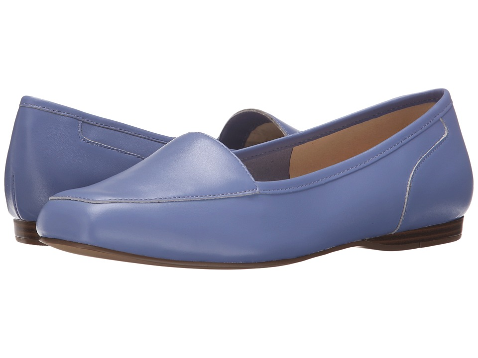 Bandolino Liberty (Soft Periwinkle Leather) Women