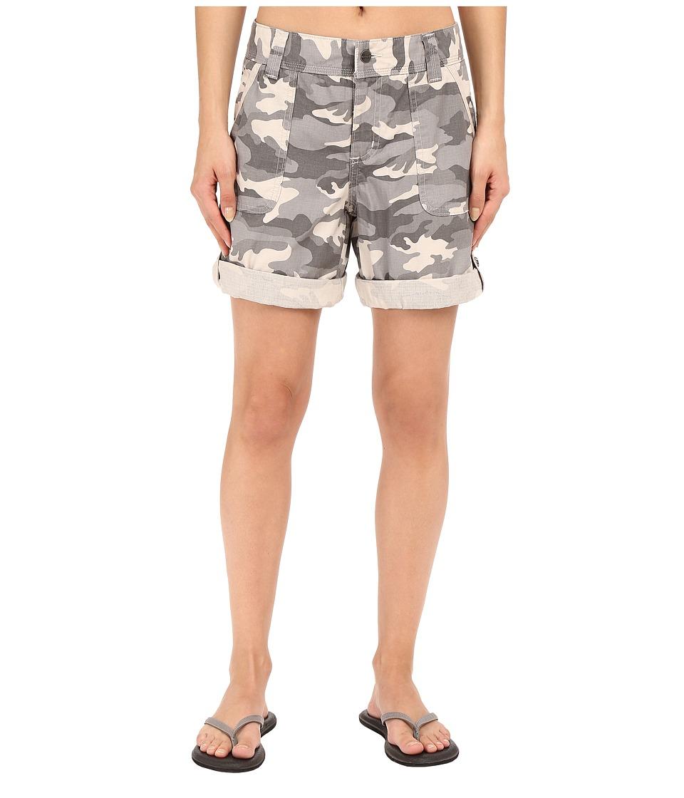 Carhartt - Relaxed Fit El Paso Shorts (Camo Gray) Women's Shorts